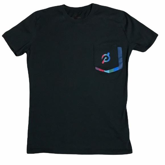 Peloton Logo Pocket Unisex Tee Sz S